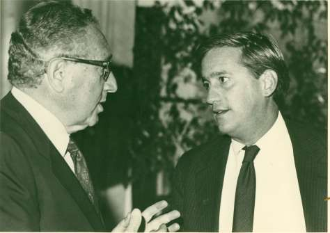 Henry Kissinger and Isaacson, 1988
